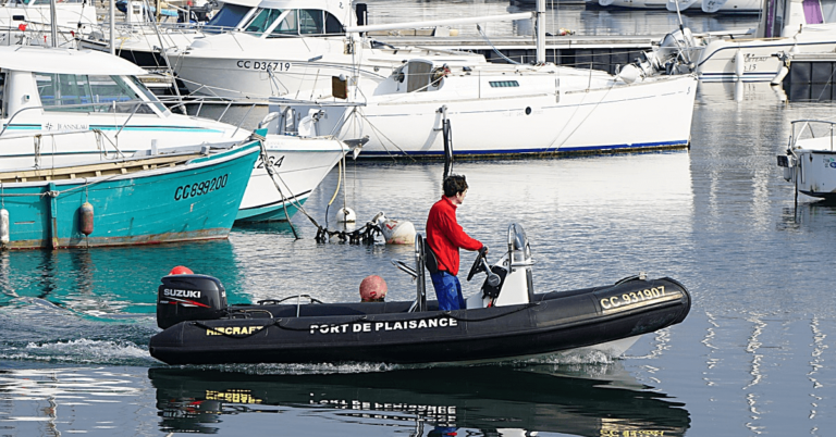 Inflatable boat accessories at United States